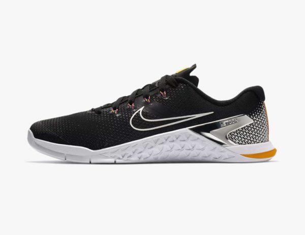 5 đôi giày thể thao 2018 dành cho anh chàng  đam mê tập gym