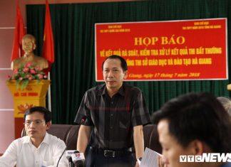 Phó phòng Khảo thí Sở GD&ĐT Hà Giang nâng điểm 330 bài thi