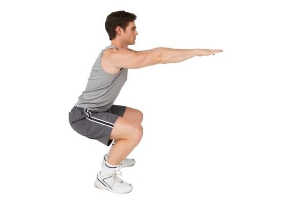 Bài tập thể dục giảm cân với động tác đứng tấn