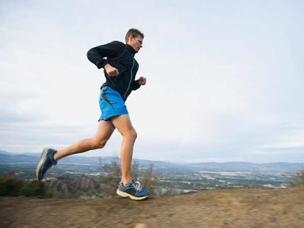 Tập thể dục bằng cách đi bộ đơn giản mà hiệu quả