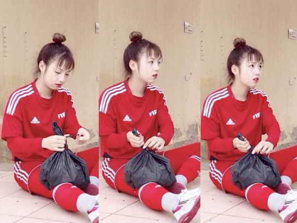 Ảnh chụp trộm của nữ cầu thủ U19 Việt Nam