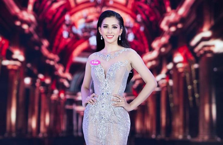 Trần Tiểu Vy tham gia đấu trường nhan sắc quốc tế