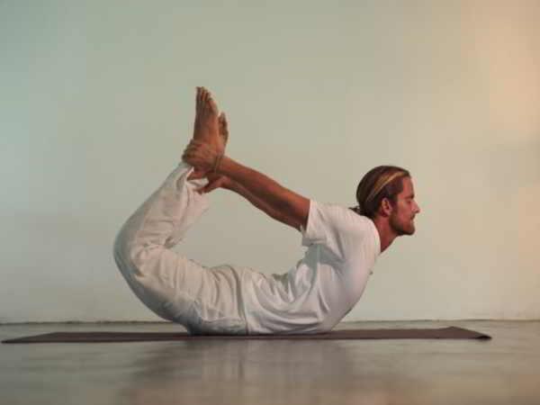 Bài tập yoga giảm mỡ bụng