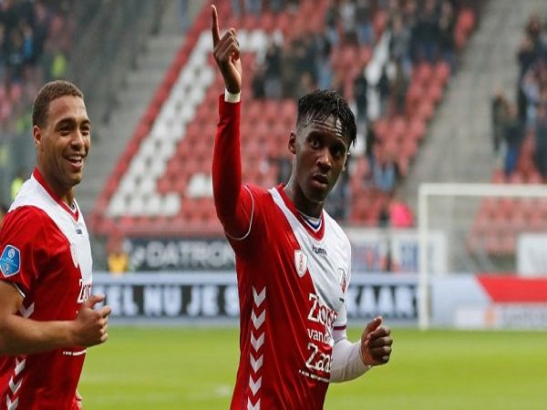Dự đoán Vitesse vs Utrecht, 1h45 ngày 29/5