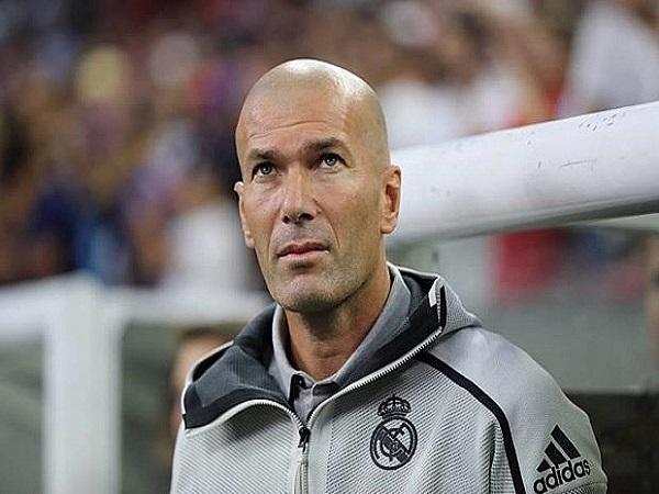 Zidane không nhận được sự ủng hộ từ CĐV Real Madrid