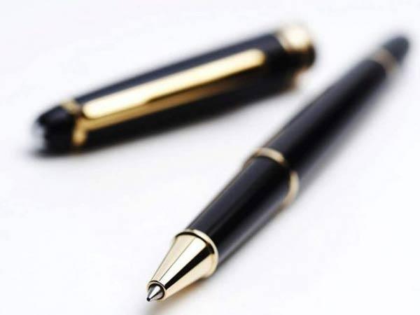 Cấu tạo của bút bi gồm 3 phần