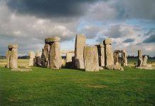Nằm mơ thấy tảng đá là điềm gì? Đánh lô đề con nào?
