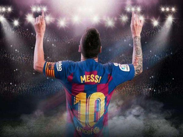 Messi ăn bám Barcelona hay ngược lại